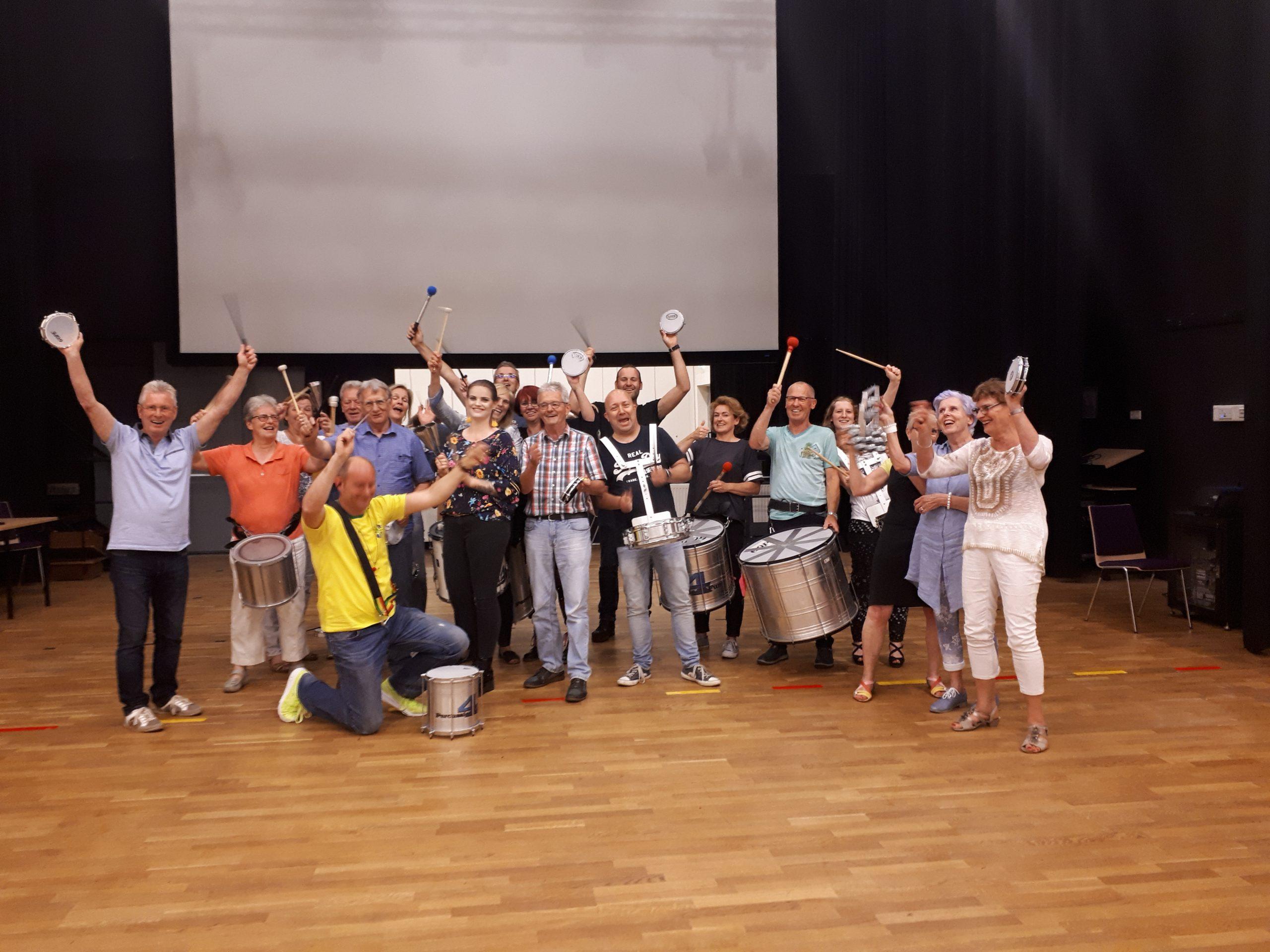 Percussie workshop Aadorp bij locatie t Aahoes in Aadorp in Nederland.