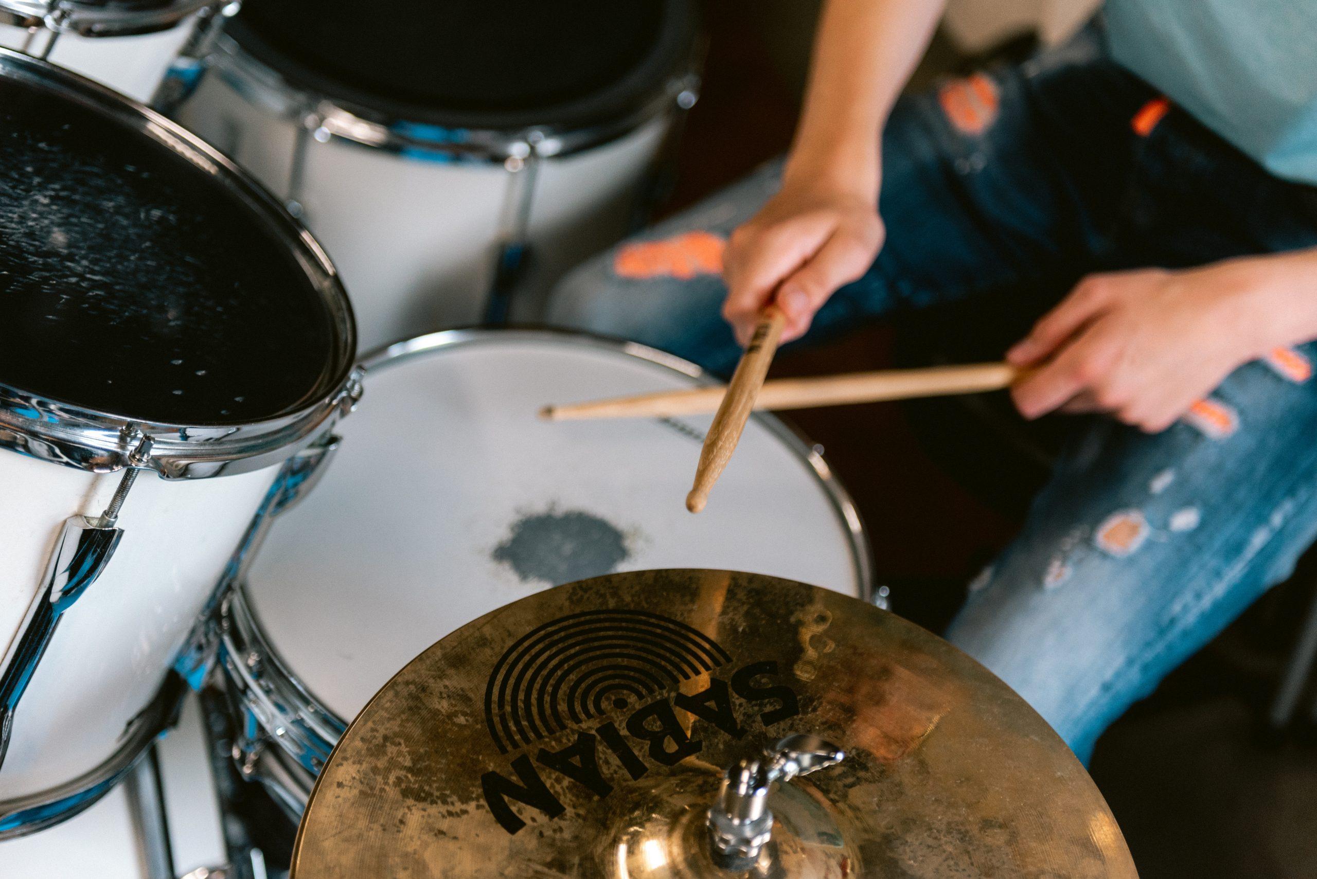 Hoe moet je beginnen met drummen ?