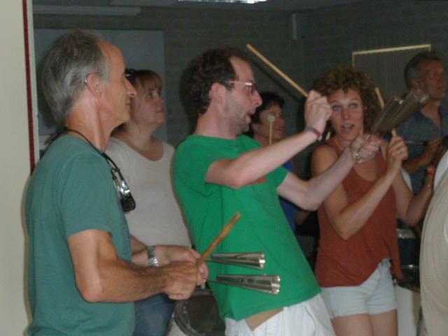Leer agogo bel spelen in Oss