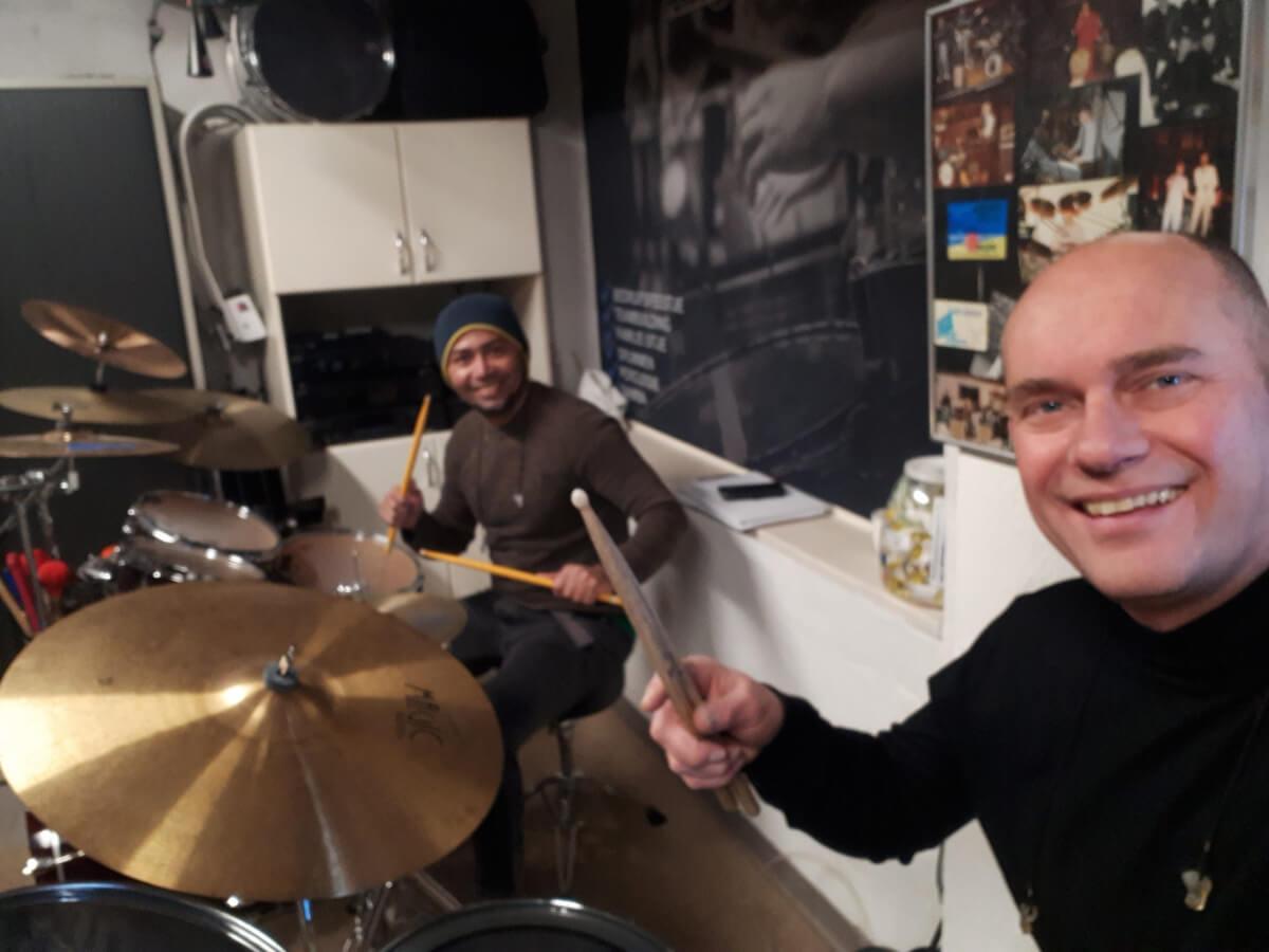 Vandaag een Drumsolo gedaan samen met Samba percussie master Dudu .